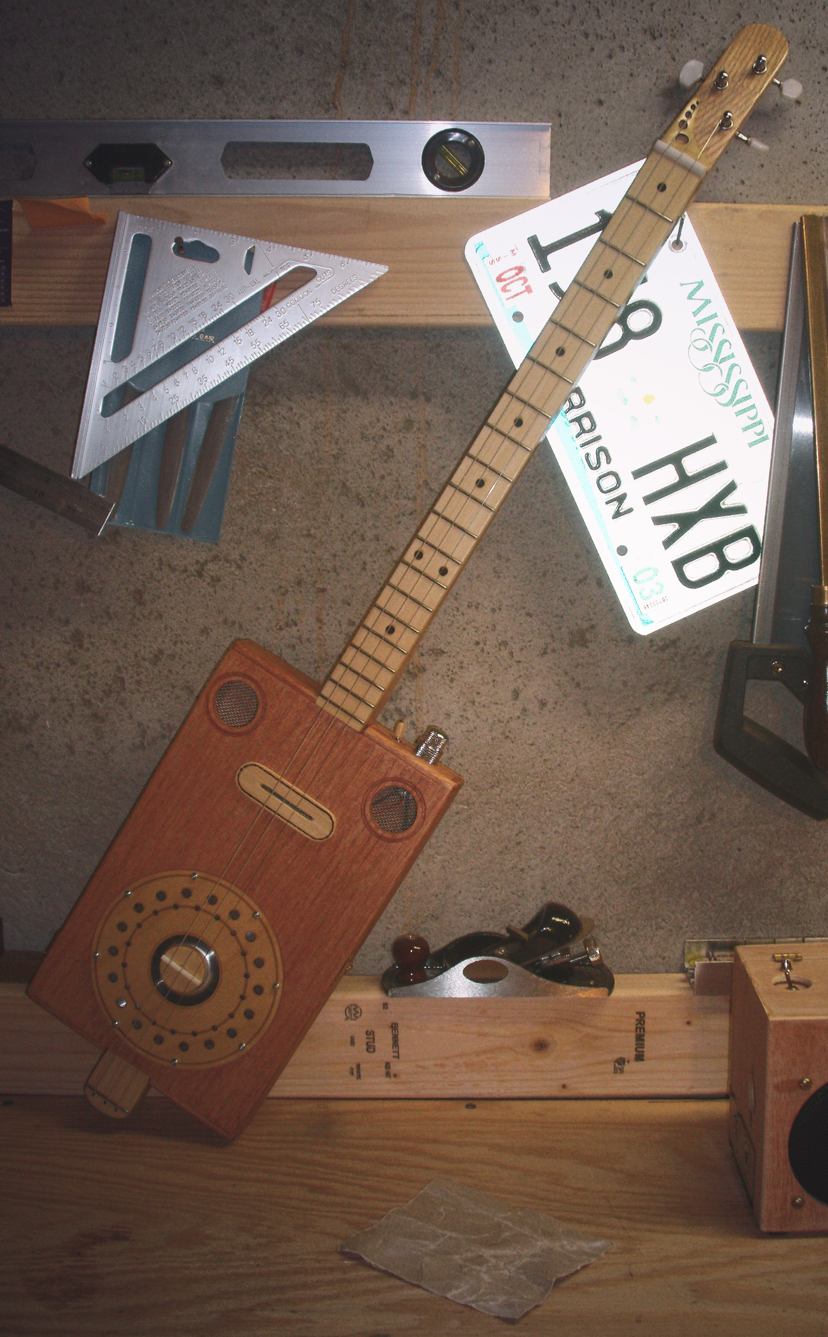 Builders Diary Mike Willmouths Beautiful Resonator Cigar Box Electric Guitar Wiring Books