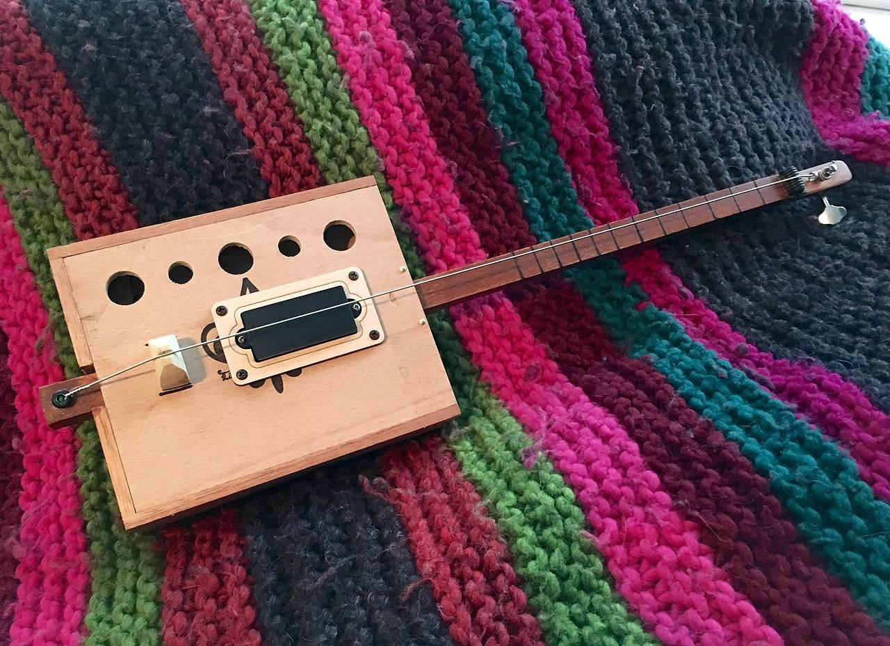 Poorness Studios' Bukey Bow: the one-string, electrified, tenor uke-scale, bass box